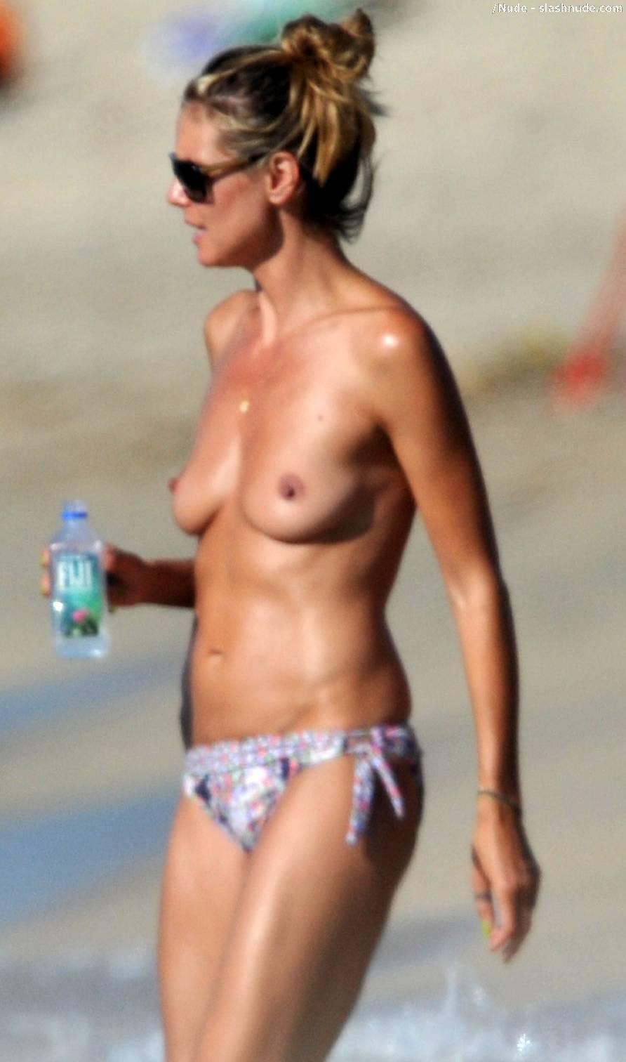 Heidi-Klum-Topless-Beach-Mom-Hard-At-Work-3880-14-7773